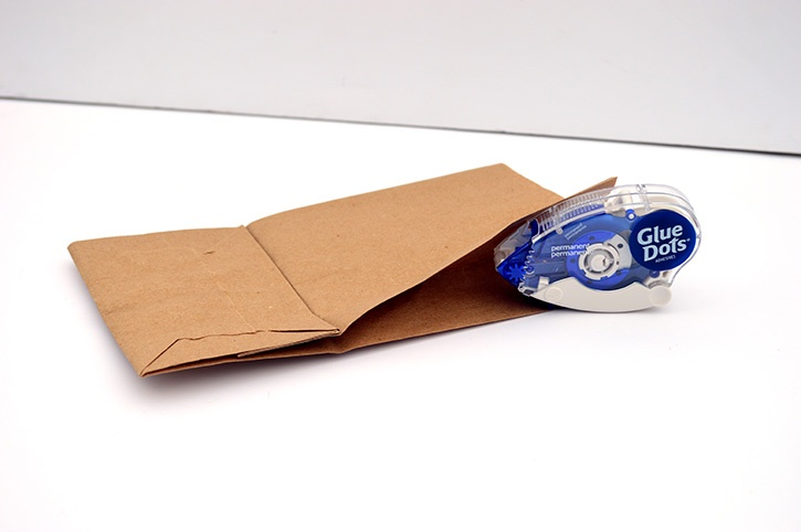 birthday-pocket-card-paper-bag-closing-sides.jpg