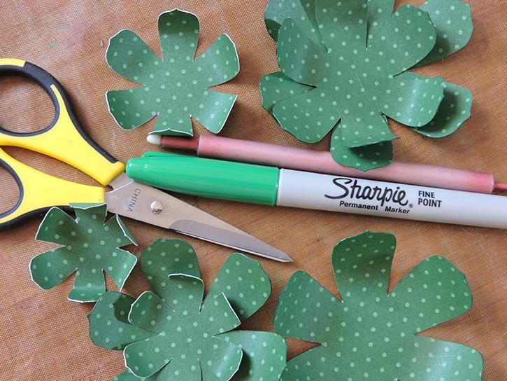 glue-dots-dcwv-succulent-wreath-succulent-paper-pieces.jpg