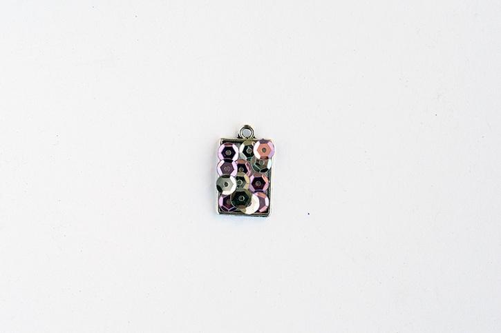 glue-dots-sequin-charm-necklace-sequins-applied.jpg