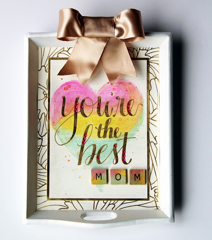 mothers-day-wall-art-upcycled-tray.jpg