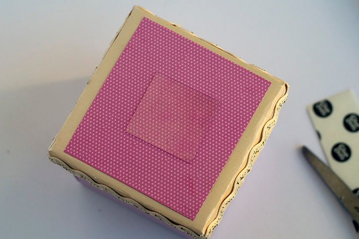 doily-flower-decorative-gift-box-advanced-strength-glue-dots.jpg