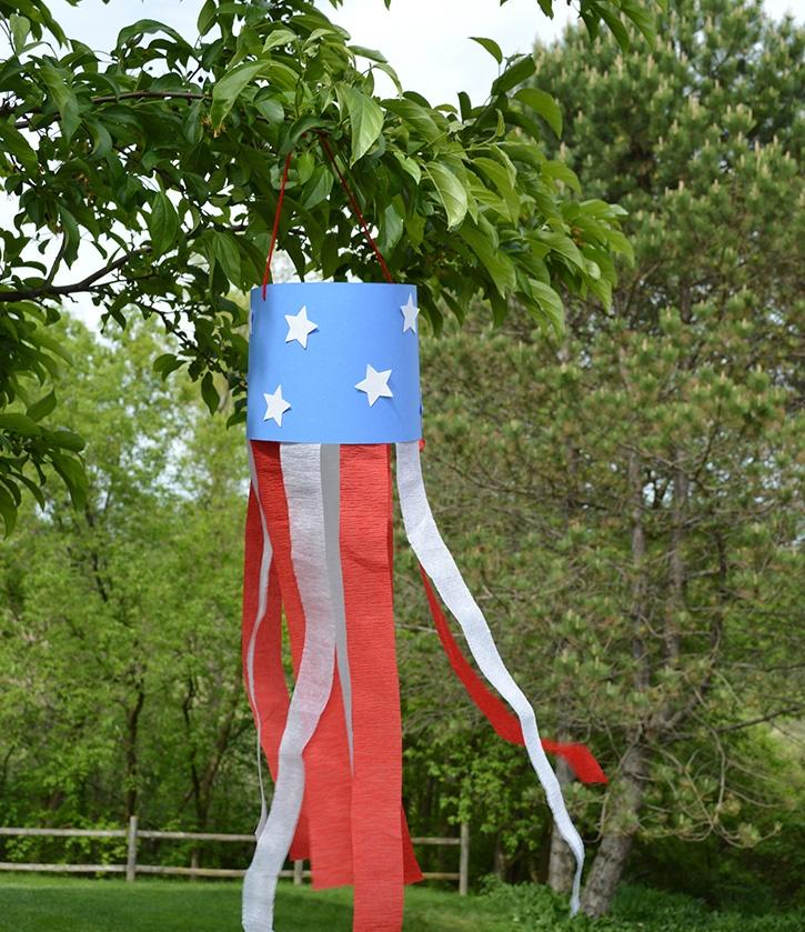 glue-dots-kids-craft-patriotic-windsock.jpg