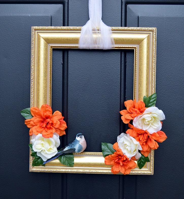 front-door-decor-diy-flower-bird-frame.jpg