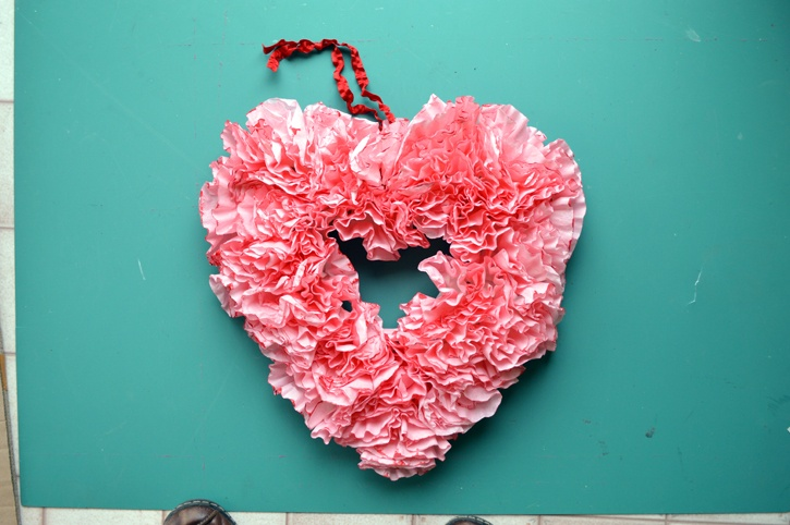 valentines-day-coffee-filter-wreath-complete.jpg