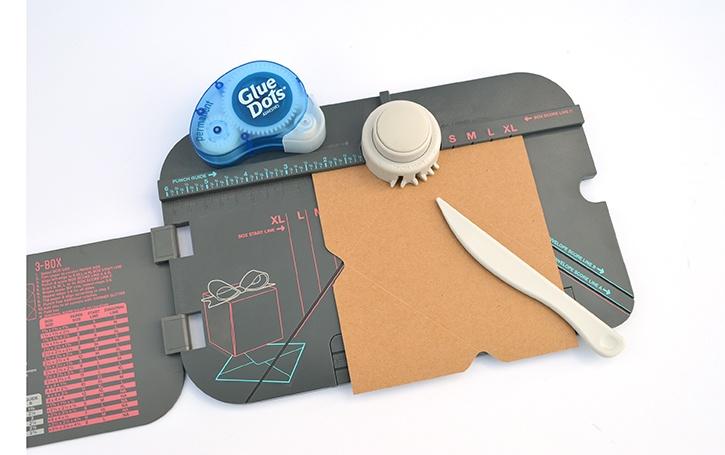 glue-dots-rudolph-envelope-we-r-memories-keeper-envelope-making.jpg