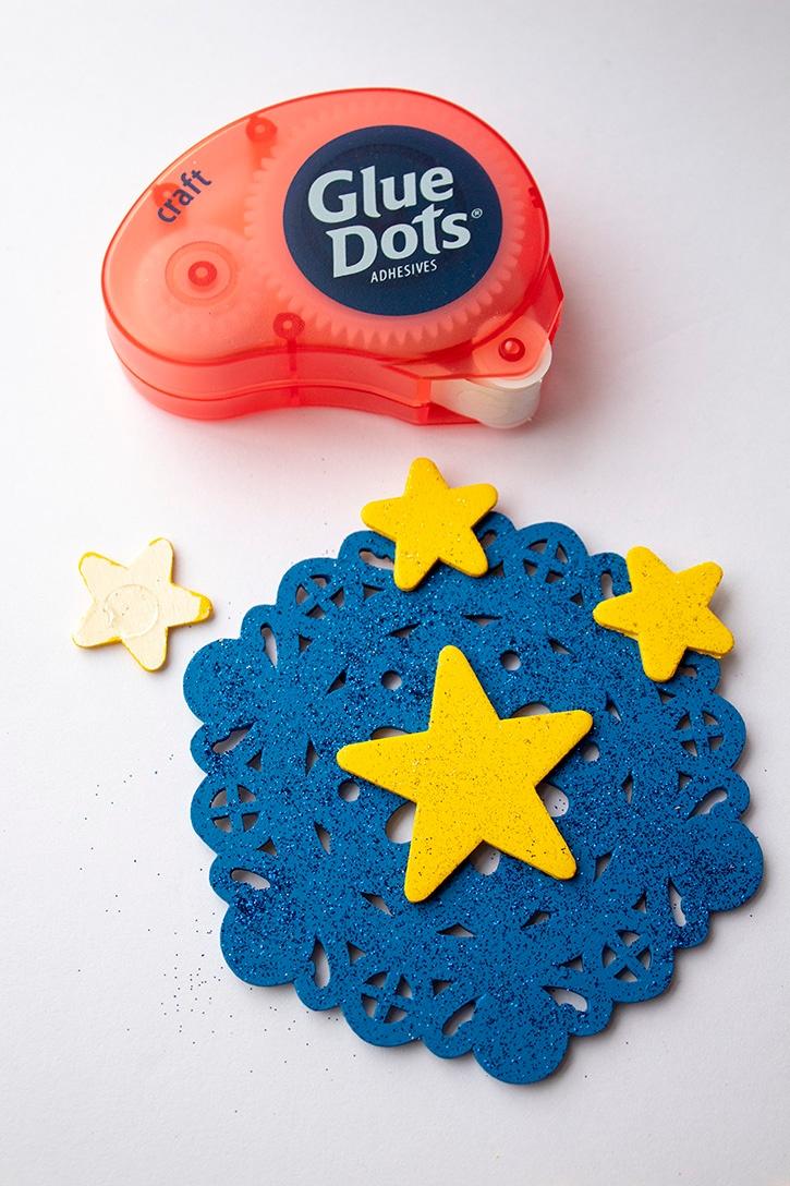 July 4th Door Decor craft glue dots step (2) copy
