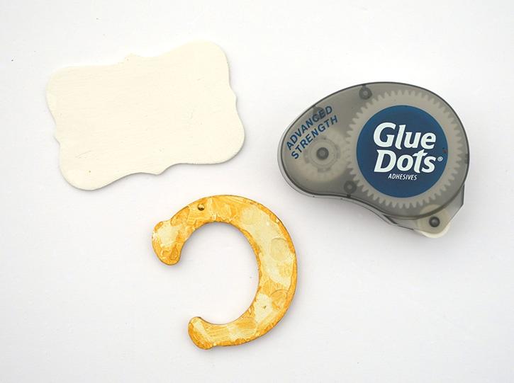 Glue-Dots-Marvy-Chalkboard-letters