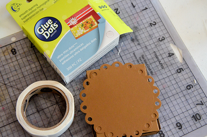 Glue-Dots-Marvy-Treat-Box-attach
