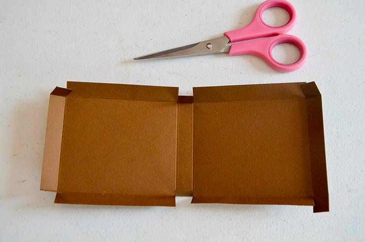 Glue-Dots-Marvy-Treat-Box-cut-box