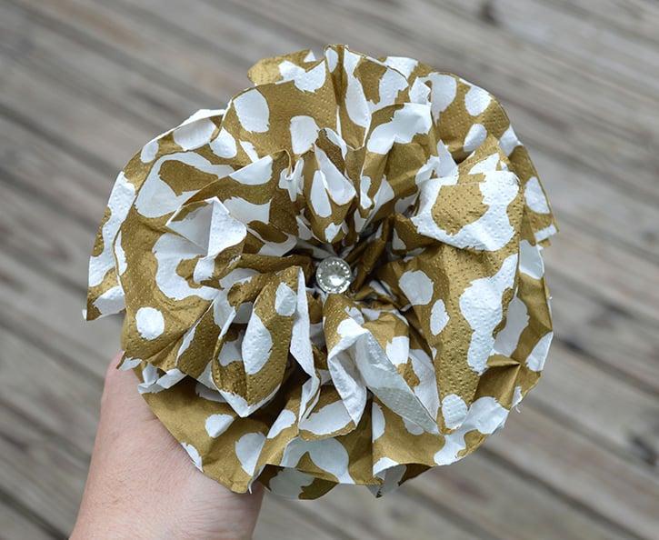 Glue-Dots-New-Years-Door-Decor-pompom