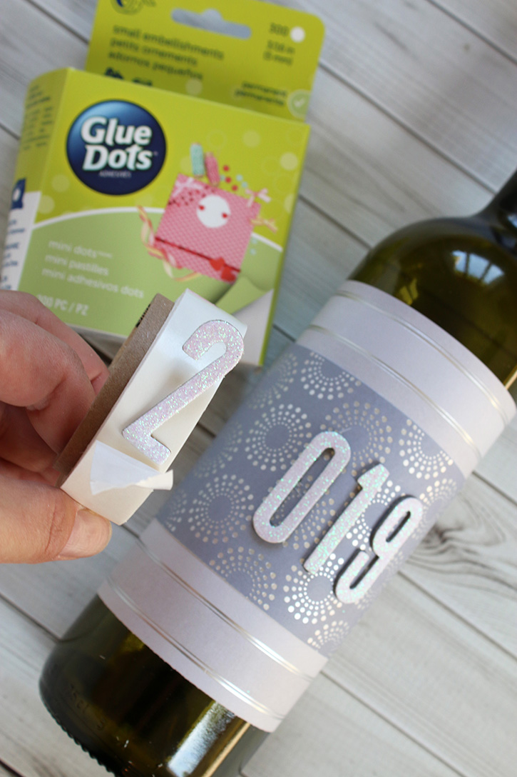 Glue-Dots-New-Years-Eve-Hostess-Gift-numbers
