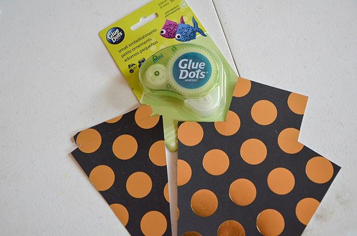 Glue-Dots-New-Years-Treat-Box-mini