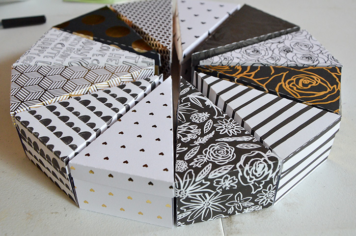 Glue-Dots-New-Years-Treat-Boxes