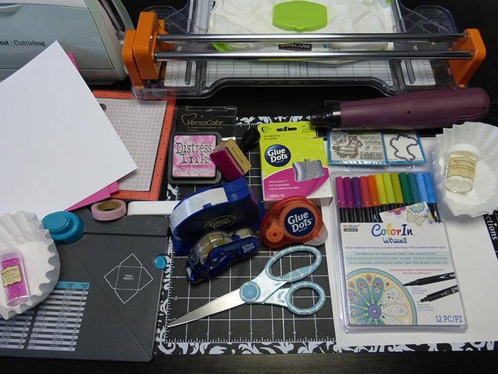 Glue-Dots-Smash-Birthday-Supplies