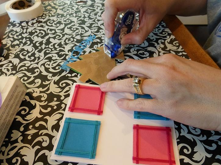 Glue-Dots-Christmas-Tree-card-apply-gluetape