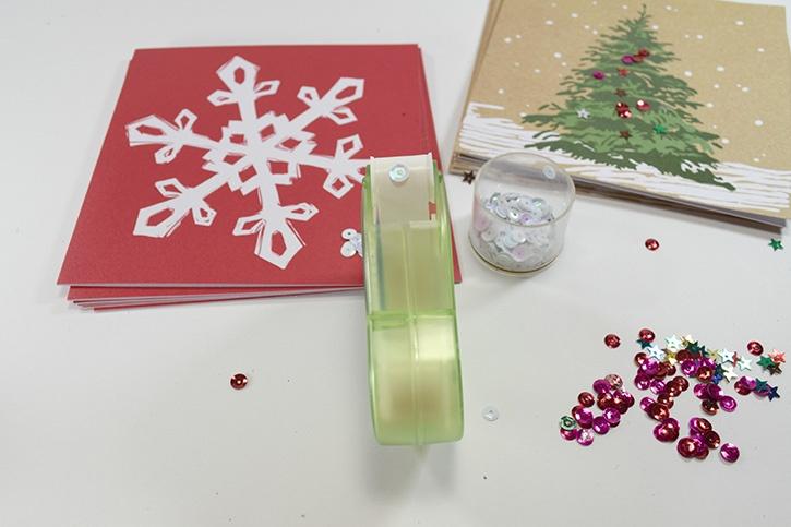 Glue-Dots-christmas-card-hack-mini