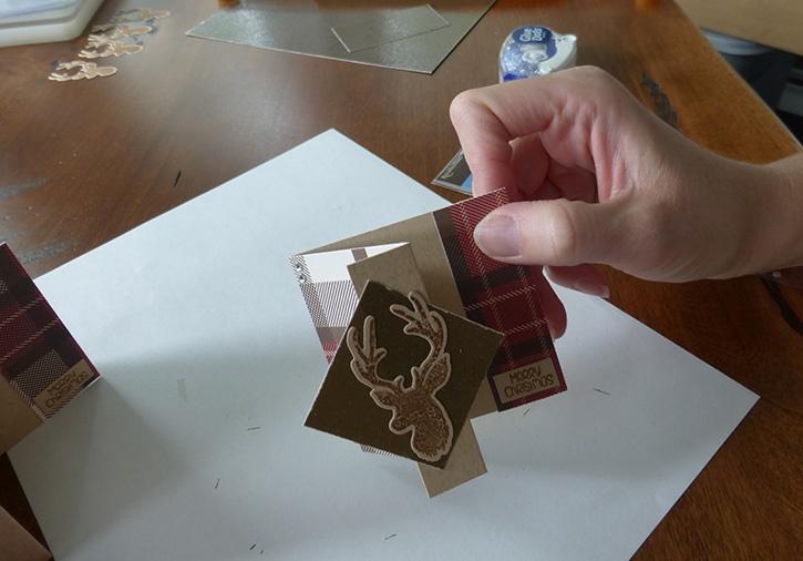 glue-dots-z-fold-card-set-finished-card.jpg