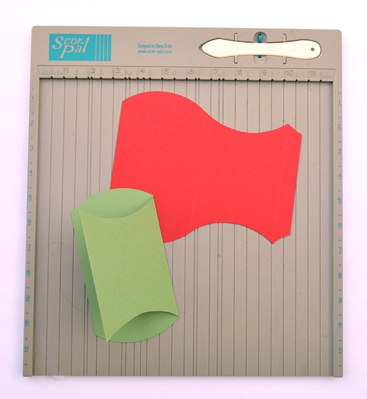 Glue-Dots-Elf-Setting-fold