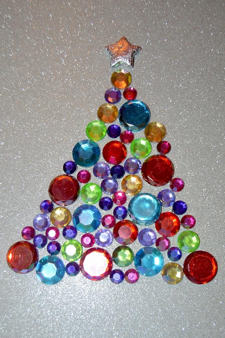 Glue-Dots-Glittering-Gem-Tree-closeup