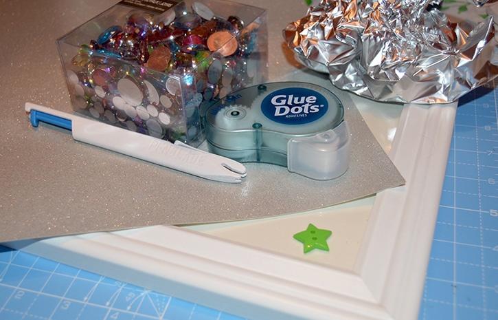 Glue-Dots-Glittering-Gem-Tree-supplies