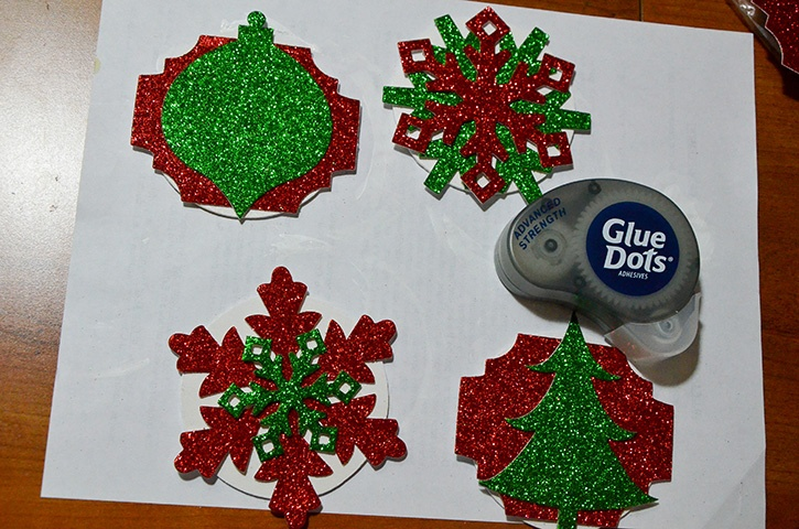 Glue-Dots-Holiday-Banner-advanced-strength