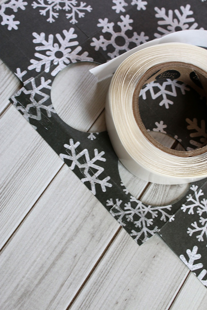 Glue-Dots-Hot-Cocoa-Holder-lines