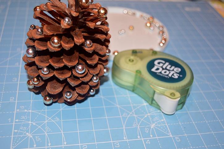 Glue-Dots-Pinecone-Ornament-Mini
