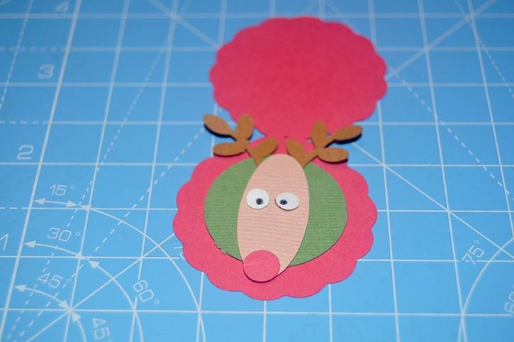 Glue-Dots-Reindeer-Candy-Topper-eyeball