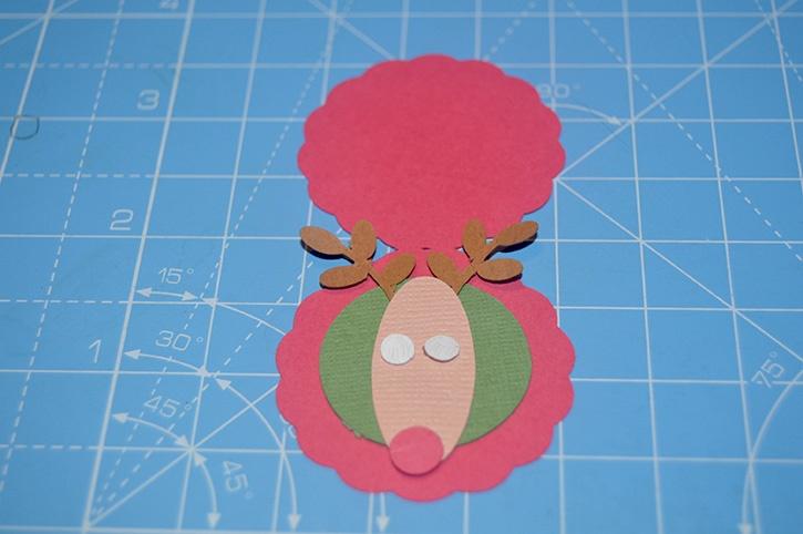 Glue-Dots-Reindeer-Candy-Topper-nose