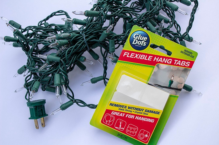 Glue-Dots-Wall-Christmas-Tree-Supplies