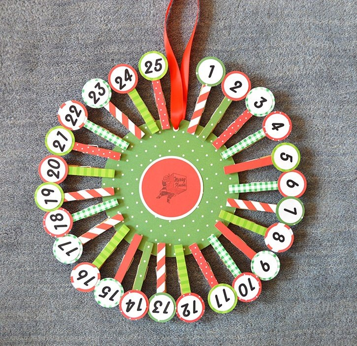 country-chic-count-down-to-christmas-calendar-glue-dots-finished