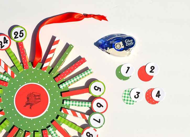 country-chic-count-down-to-christmas-calendar-glue-dots-gluetape
