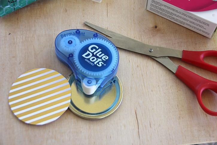 glue-dots-reindeer-noses-treat-jar-paper-circle-top-for-jar-lid.jpg