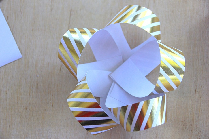 glue-dots-paper-gift-bow-loops-layered-together.jpg