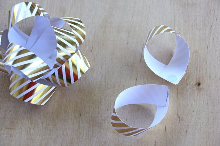 glue-dots-paper-gift-bow-loops-third-layer.jpg