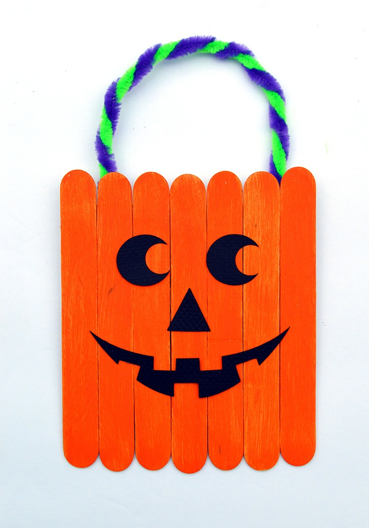Jack O Lantern Kids Craft finished white bkgr dmb copy