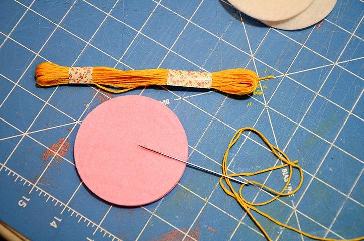glue-dots-felt-ornament-set-embroidery-thread-through-felt-circles.jpg