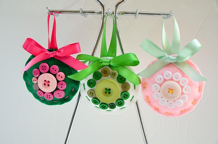 glue-dots-felt-ornament-set-made-by-grace-tolman.jpg