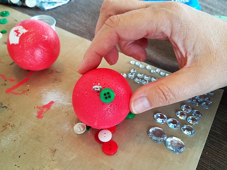 glue-dots-mini-button-ornament-adding-buttons-to-ball.jpg