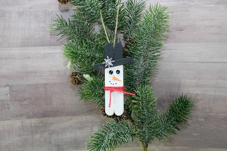 mini-snowman-ornament-made-by-donna-budzynski.jpg