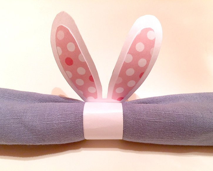 Glue-Dots-Easter-Napkin-Ring-Finished-1