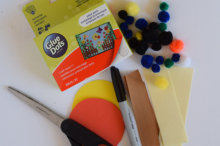 Glue-Dots-Fathers-Day-Award-Supplies