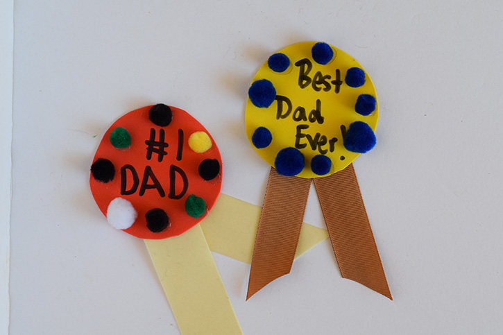 Glue-Dots-Fathers-Day-Award-finished