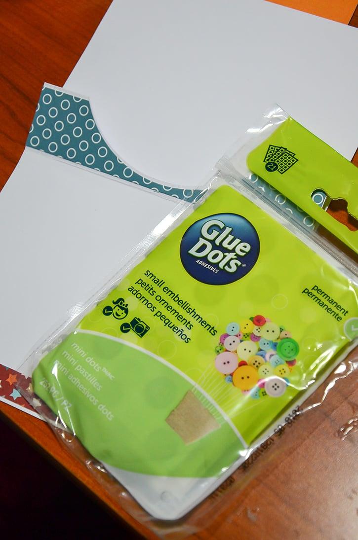 Glue-Dots-Super-Dad-Card-mini