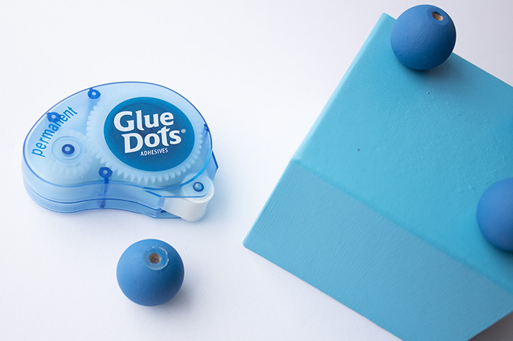 Glue-Dots-Jewelry-Box-foot