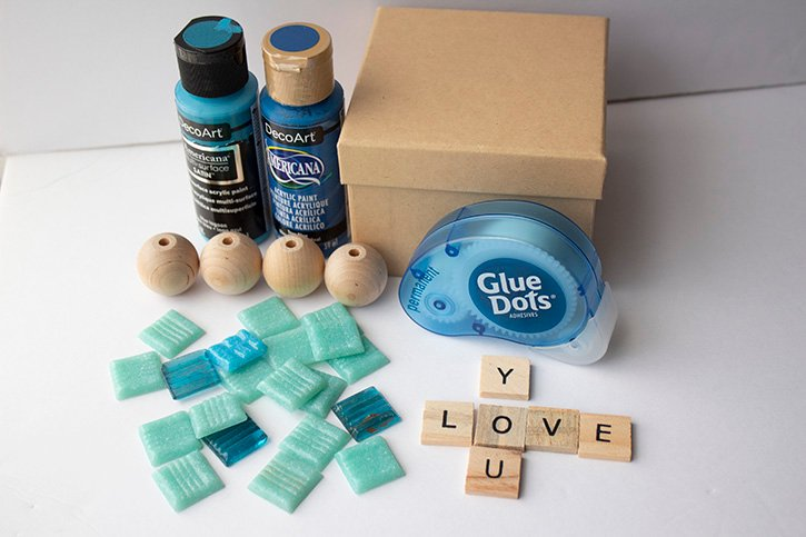 Glue-Dots-Jewelry-Box-supplies