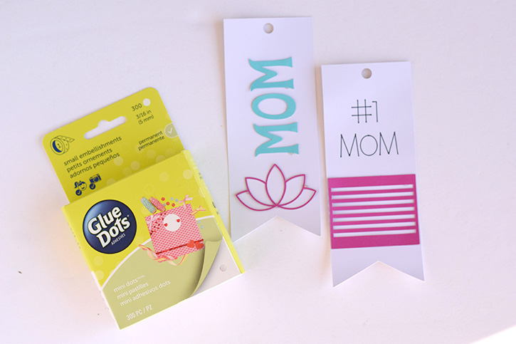 Glue-Dots-Mothers-Day-Bookmark-mini