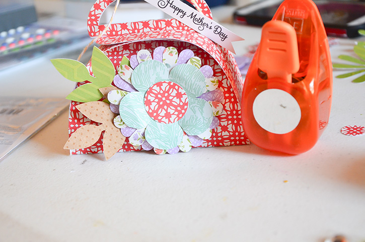 Glue-Dots-Purse-Treat-Bag-circle-punch