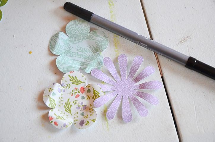 Glue-Dots-Purse-Treat-Bag-flowers-roll