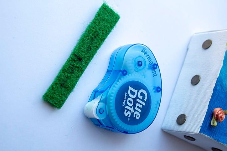 Glue-Dots-Mini-Canvas-permanent